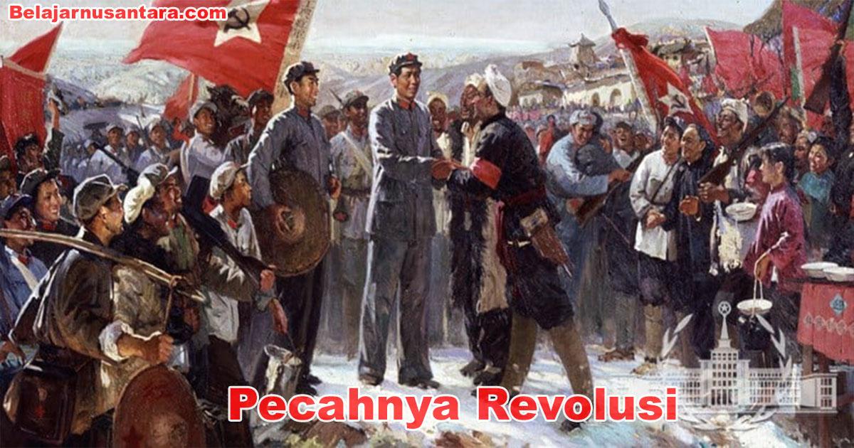 Pecahnya Revolusi